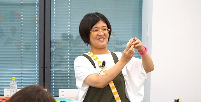 いわいざこ まゆ先生02