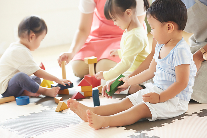 障害児保育とは|注意するべき点や子どもとの接し方について解説